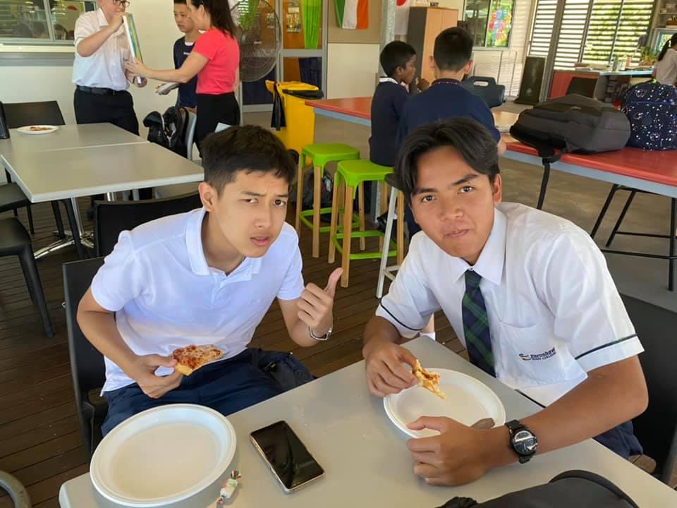 มัธยมออสเตรเลีย  เรียนมัธยมออสเตรเลีย